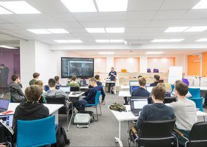 Информационные ресурсы позволили московской школе стать более открытой