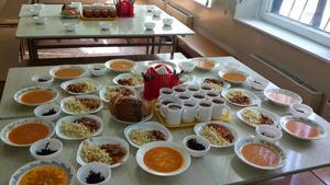 Москвичи смогут выбрать питание для детей в школе через портал мэра
