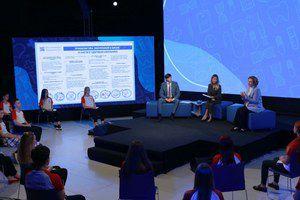 Для всех школьников страны прошёл всероссийский онлайн-урок «Будь здоров!» с главой Минпросвещения Сергеем Кравцовым