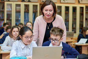 Доплаты за классное руководство будут получать более 810 000 учителей