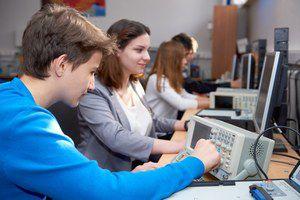 Дмитрий Глушко: «Показателем эффективности обучения в мастерских являются специалисты, вышедшие на рынок труда»