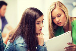Школьники, поступившие в ульяновский педуниверситет с высокими баллами ЕГЭ, отмечены повышенной стипендией